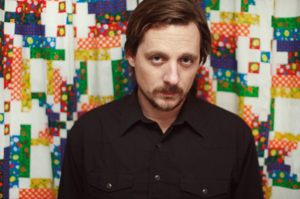 Sturgill Simpson plays Hill Country BBQ on Saturday in NYC. (Photo: www.SturgillSimpson.com)