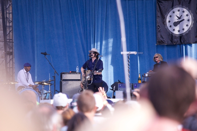 Jack White makes his Newport Debut. Photo by Richard Kluver/grass clippings blog